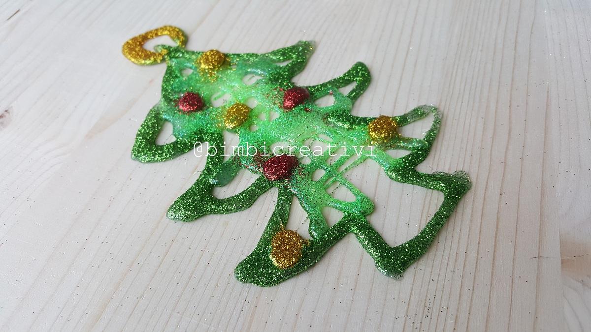 Rotoli Di Carta Igienica Lavoretti Natalizi : Decorazioni natalizie con la colla a caldo bimbi creativi