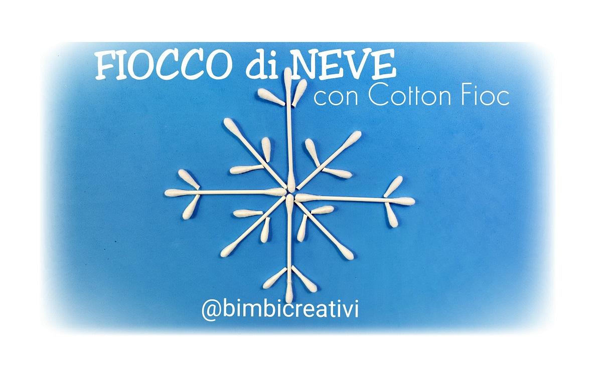 Fiocchi di neve con cotton fioc bimbi creativi for Fiocco di neve da ritagliare