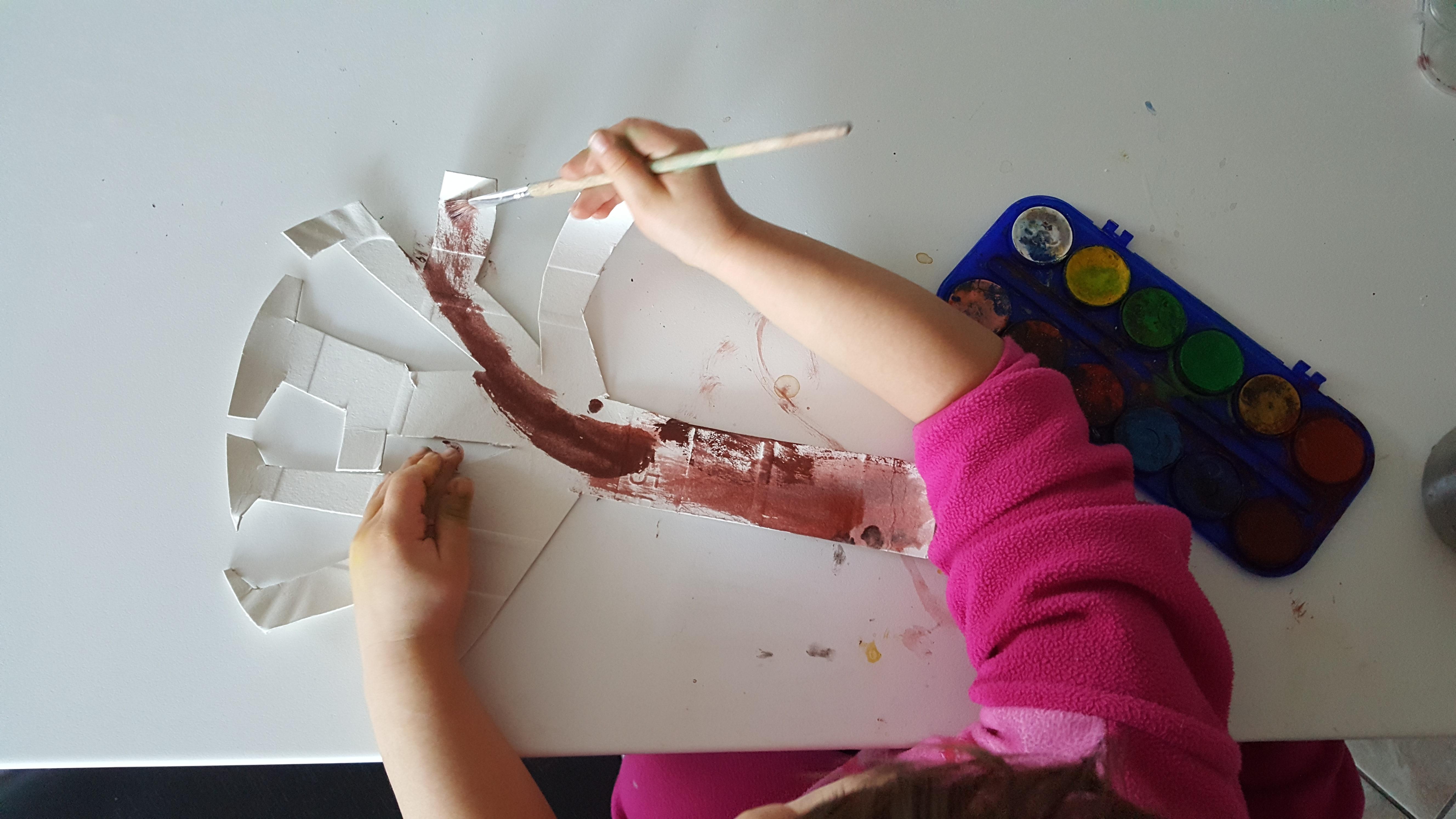 Rotoli Di Carta Colorata : Albero con rotoli di carta bimbi creativi