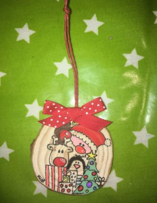 bimbi-creativi-decorazione-natalizia-tronchi-di-legno